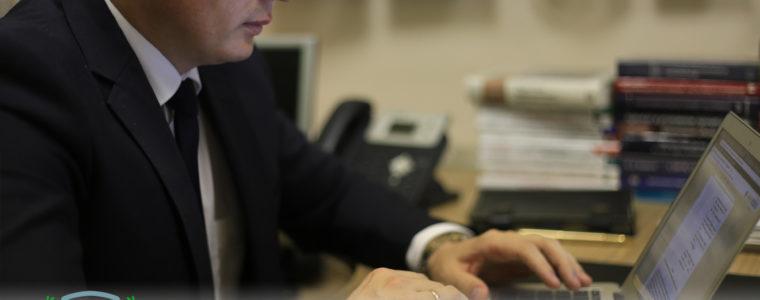Апелляционное постановление — отмена приговора в части осуждения Доверителя по ст. 319 УК РФ