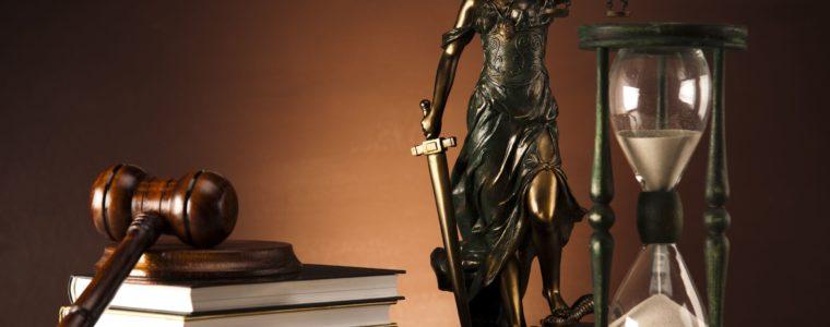 Федеральный закон от 3 июля 2016 г. N 326-ФЗ «О внесении изменений в отдельные законодательные акты Российской Федерации в связи с принятием Федерального закона «О внесении изменений в Уголовный кодекс Российской Федерации и Уголовно-процессуальный кодекс Российской Федерации по вопросам совершенствования оснований и порядка освобождения от уголовной ответственности»